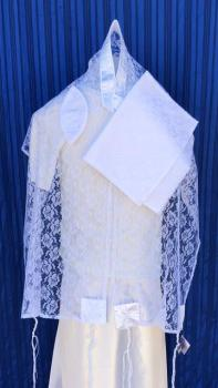 ADE737 Talit - White Lace