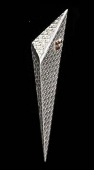 Gila Mezuzah, Basket Texture